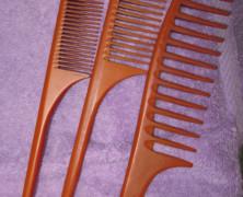Seamless Combs