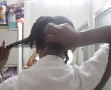Detangling Natural Hair – Finger Detangling & Seamless Comb